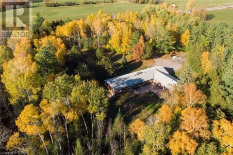 House for sale at 1814 County Road 8 . Bobcaygeon Ontario - MLS: 40034020
