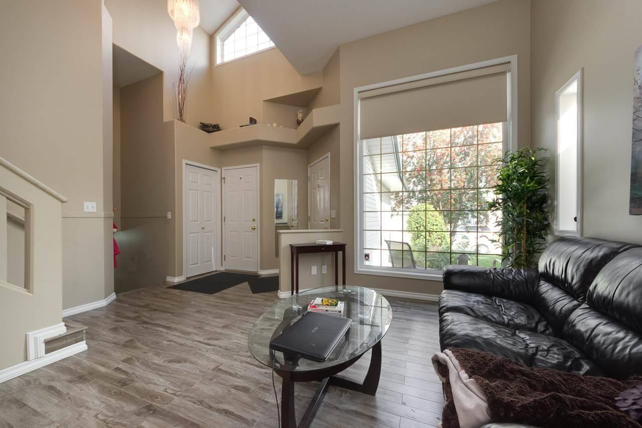 House for sale at 1817 Kramer Pl Nw Edmonton Alberta - MLS: E4173585