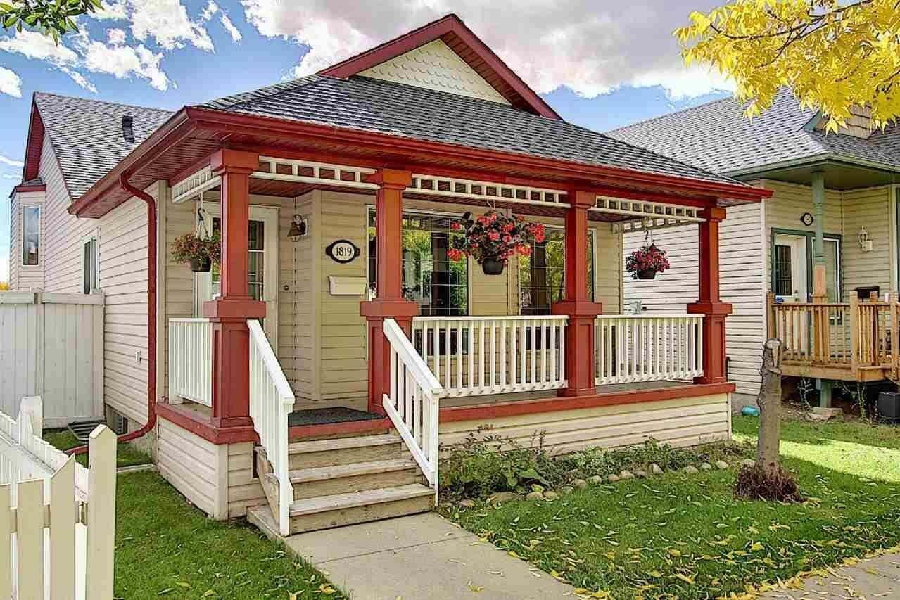 House for sale at 1819 Tomlinson Cr NW Edmonton Alberta - MLS: E4215593
