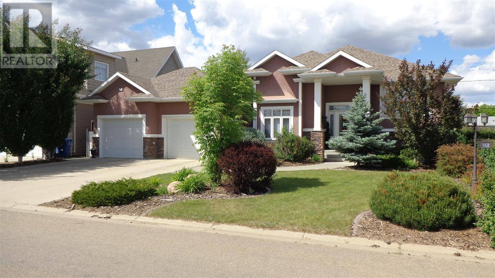 House for sale at 182 15th St Battleford Saskatchewan - MLS: SK776298