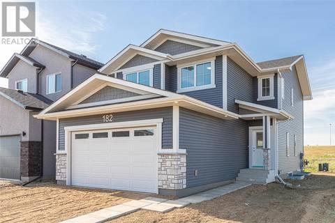 House for sale at 182 Burgess Cres Saskatoon Saskatchewan - MLS: SK770309