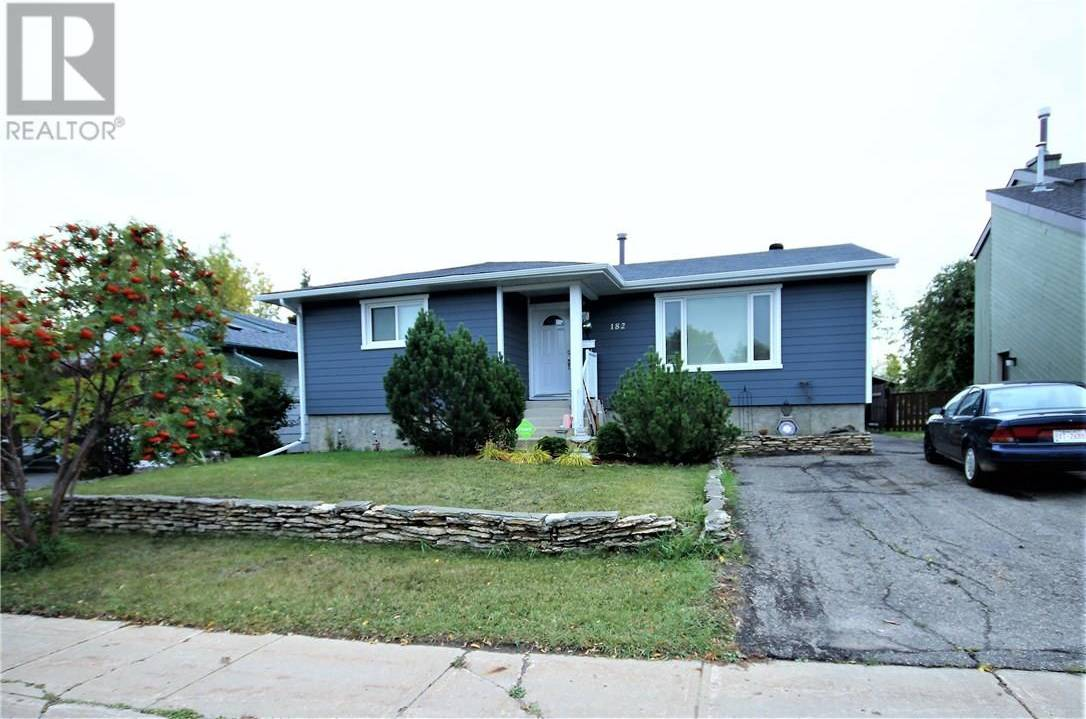 182 Clenell Crescent, Fort Mcmurray | Image 1