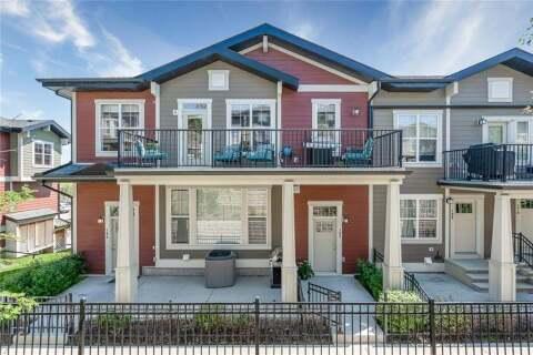 Townhouse for sale at 182 Cranford Wk SE Calgary Alberta - MLS: C4305019
