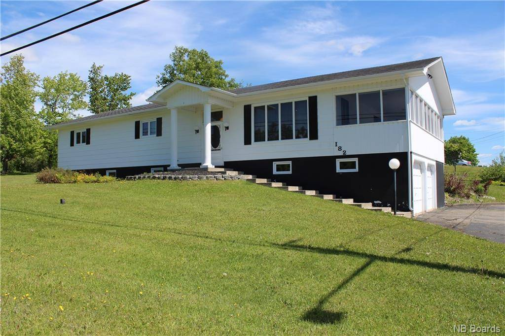 House for sale at 182 Guimont St Grand Sault/grand Falls New Brunswick - MLS: NB007186