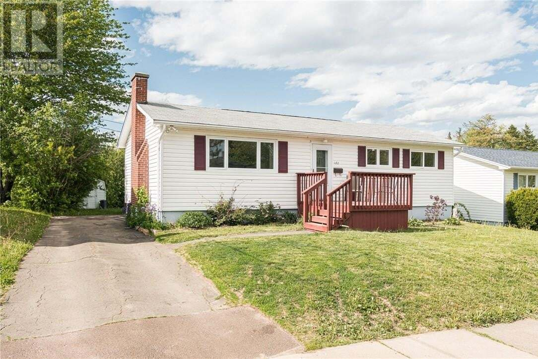 House for sale at 182 Queen Mary Rd Moncton New Brunswick - MLS: M128772