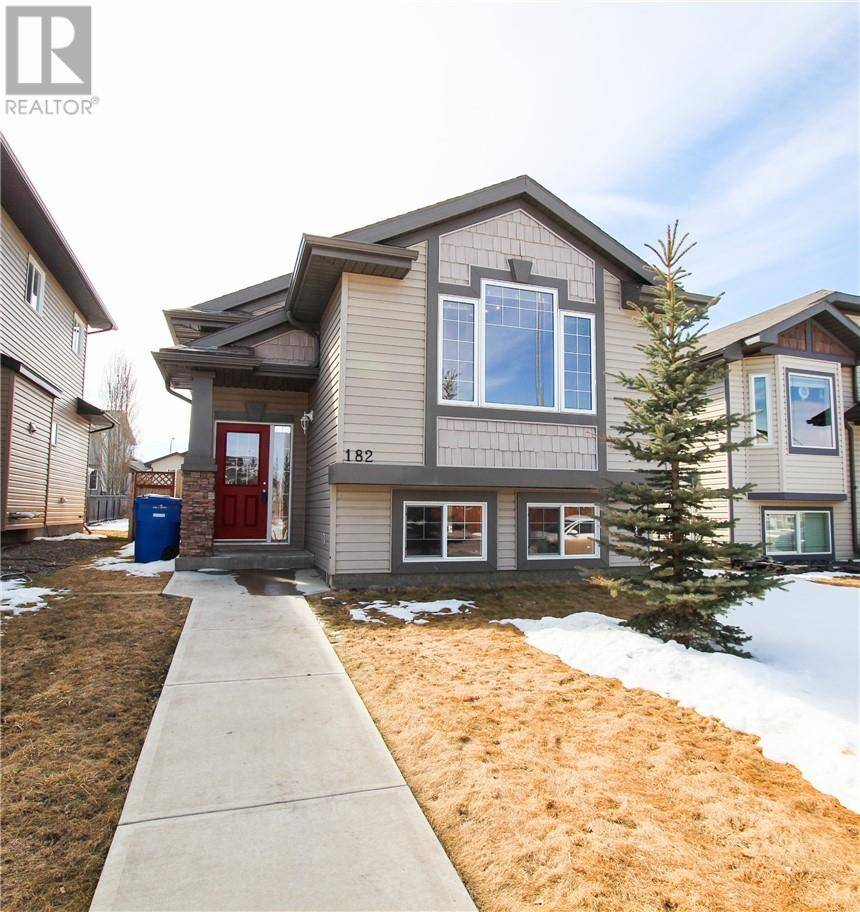 182 Silkstone Road W, Lethbridge | Image 1