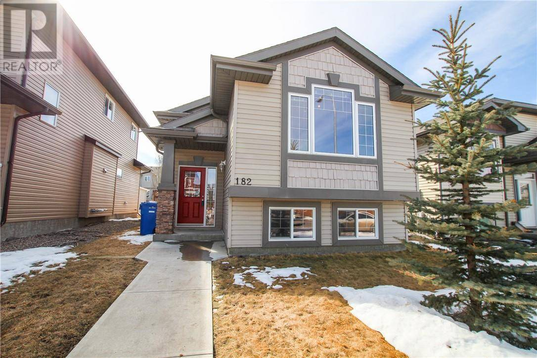 182 Silkstone Road W, Lethbridge | Image 2