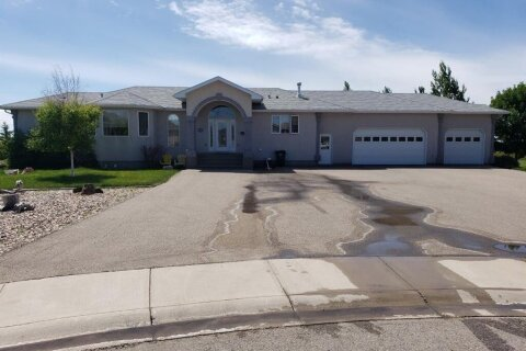 House for sale at 182 Sixmile By S Lethbridge Alberta - MLS: A1012809