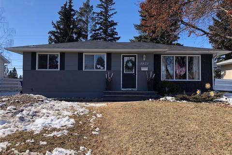House for sale at 1821 91st St North Battleford Saskatchewan - MLS: SK803932