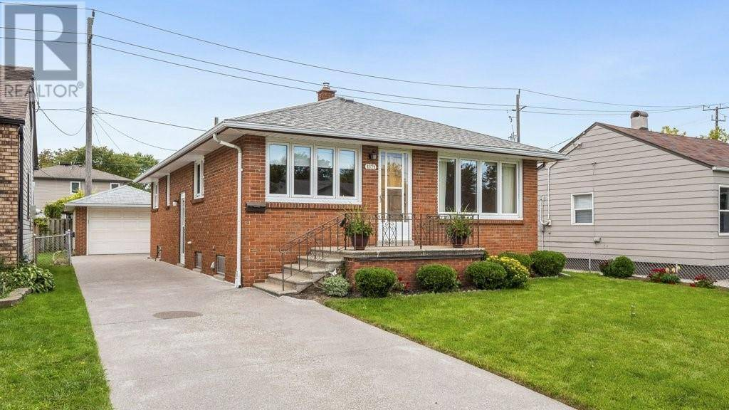 House for sale at 1821 Central Ave Windsor Ontario - MLS: 19026612