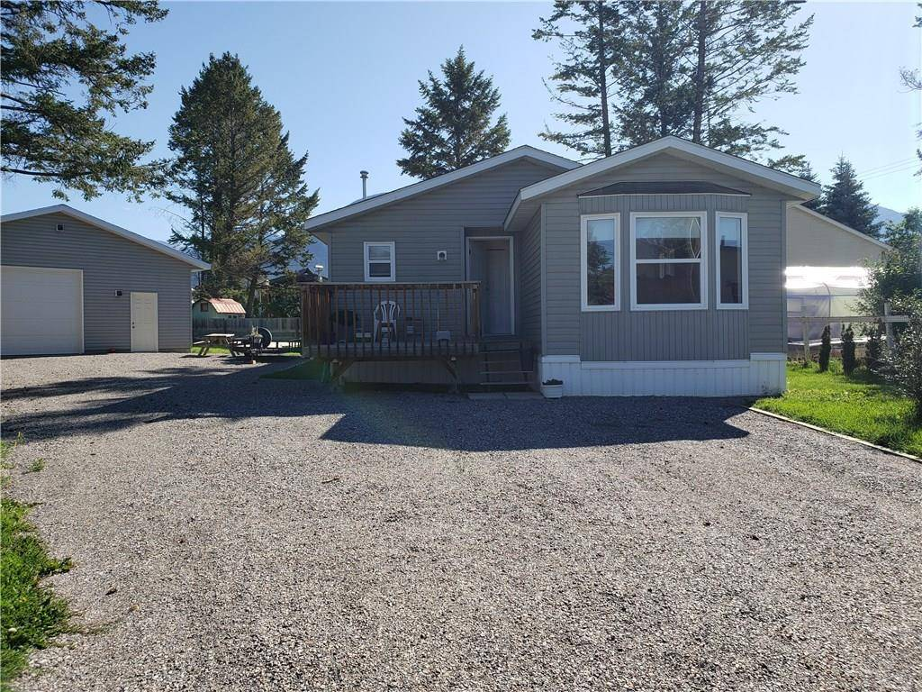 House for sale at 1824 Benninger Rd Windermere British Columbia - MLS: 2439368