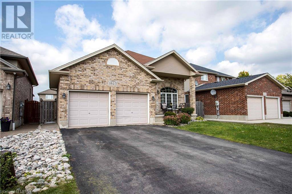 House for sale at 1825 Kyle Ct London Ontario - MLS: 225117