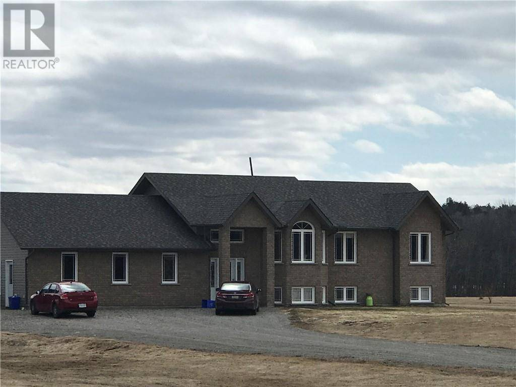 House for sale at 1827 Vermillion Lake Rd Chelmsford Ontario - MLS: 2083351