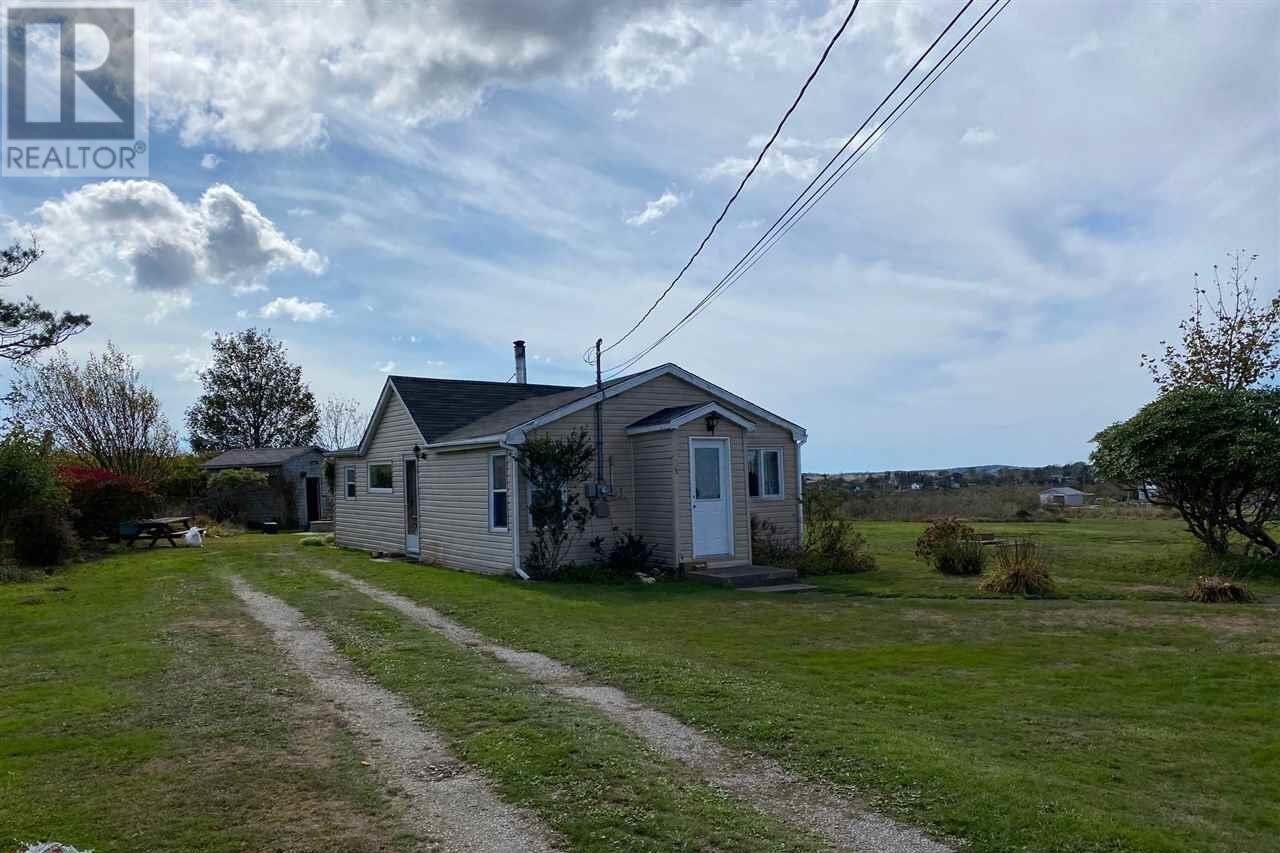 House for sale at 183 Forest St Yarmouth Nova Scotia - MLS: 202021015