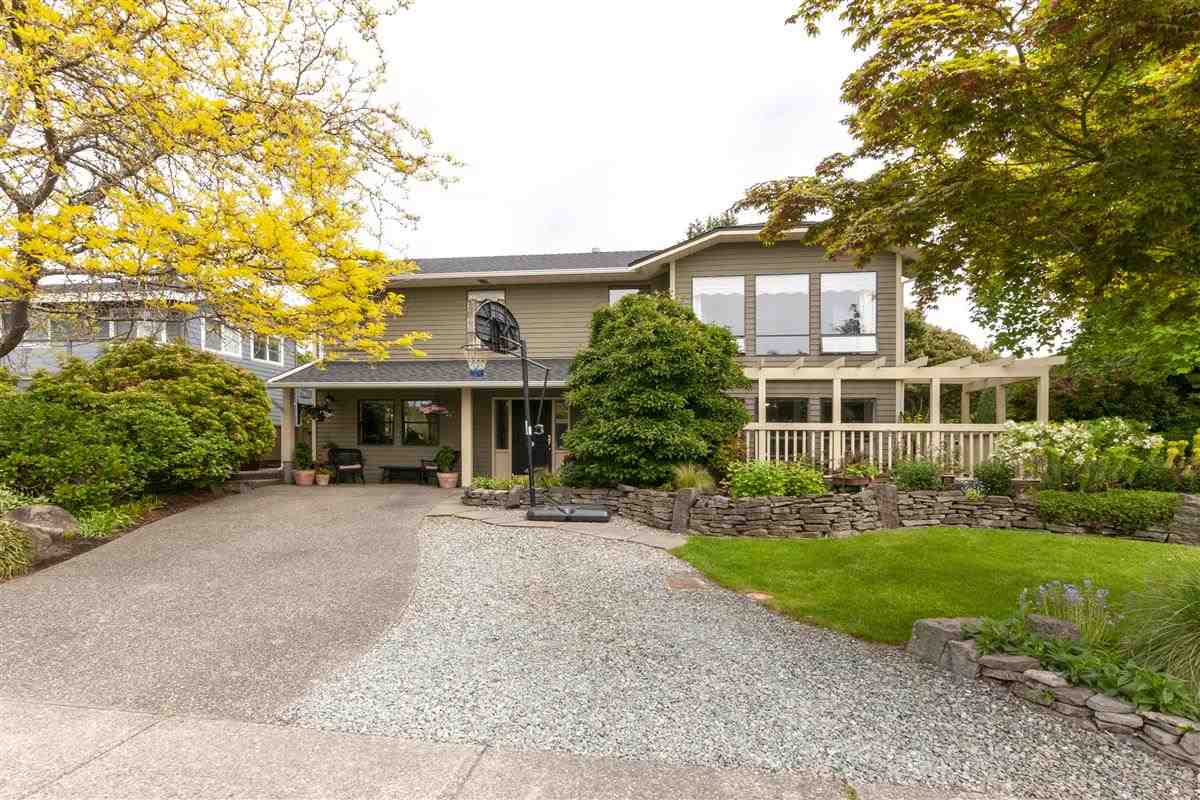 For Sale: 1836 142 Street, Surrey, BC   6 Bed, 2 Bath House for $1,450,000. See 20 photos!