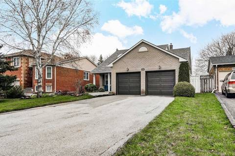 House for sale at 184 Glenway Circ Newmarket Ontario - MLS: N4440379