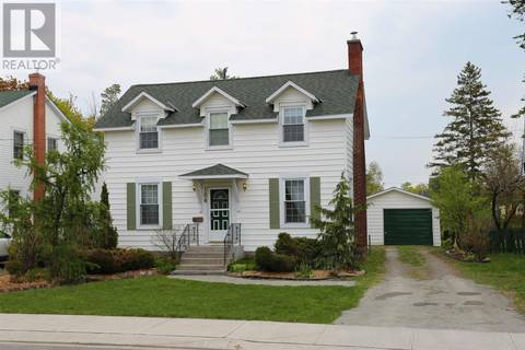 House for sale at 184 Upton Rd Sault Ste. Marie Ontario - MLS: SM125716