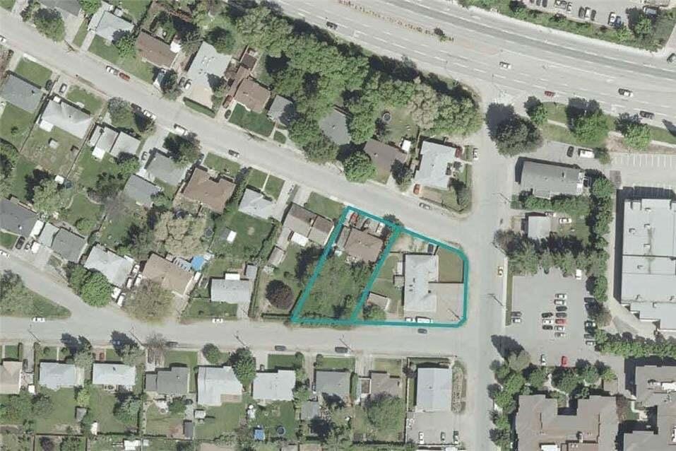 Home for sale at 1840 Chandler St Kelowna British Columbia - MLS: 10152912