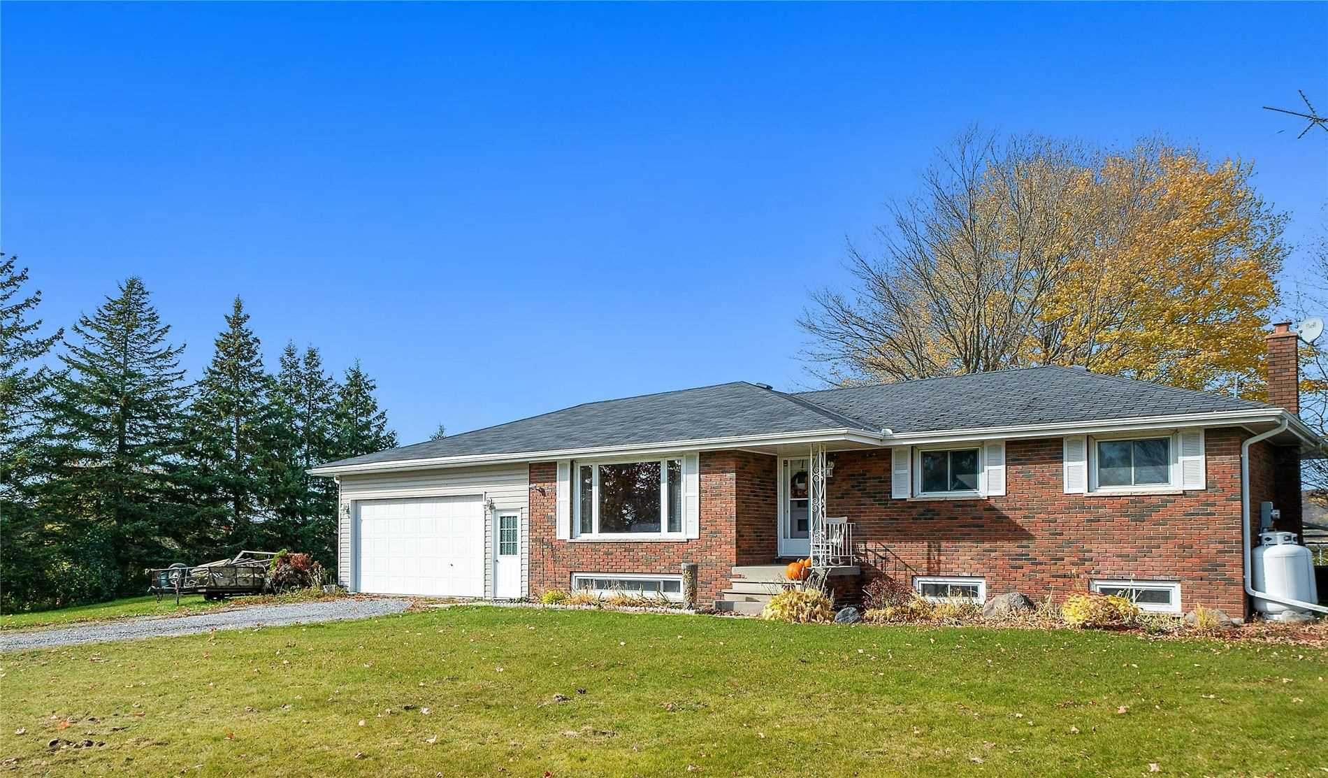 For Sale: 1844 Brown Line, Cavan Monaghan, ON   3 Bed, 2 Bath House for $519900.00. See 27 photos!