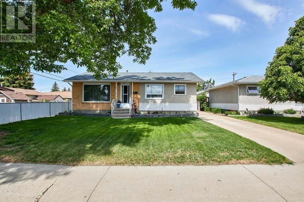 House for sale at 1846 26 St Southeast Medicine Hat Alberta - MLS: A1003371