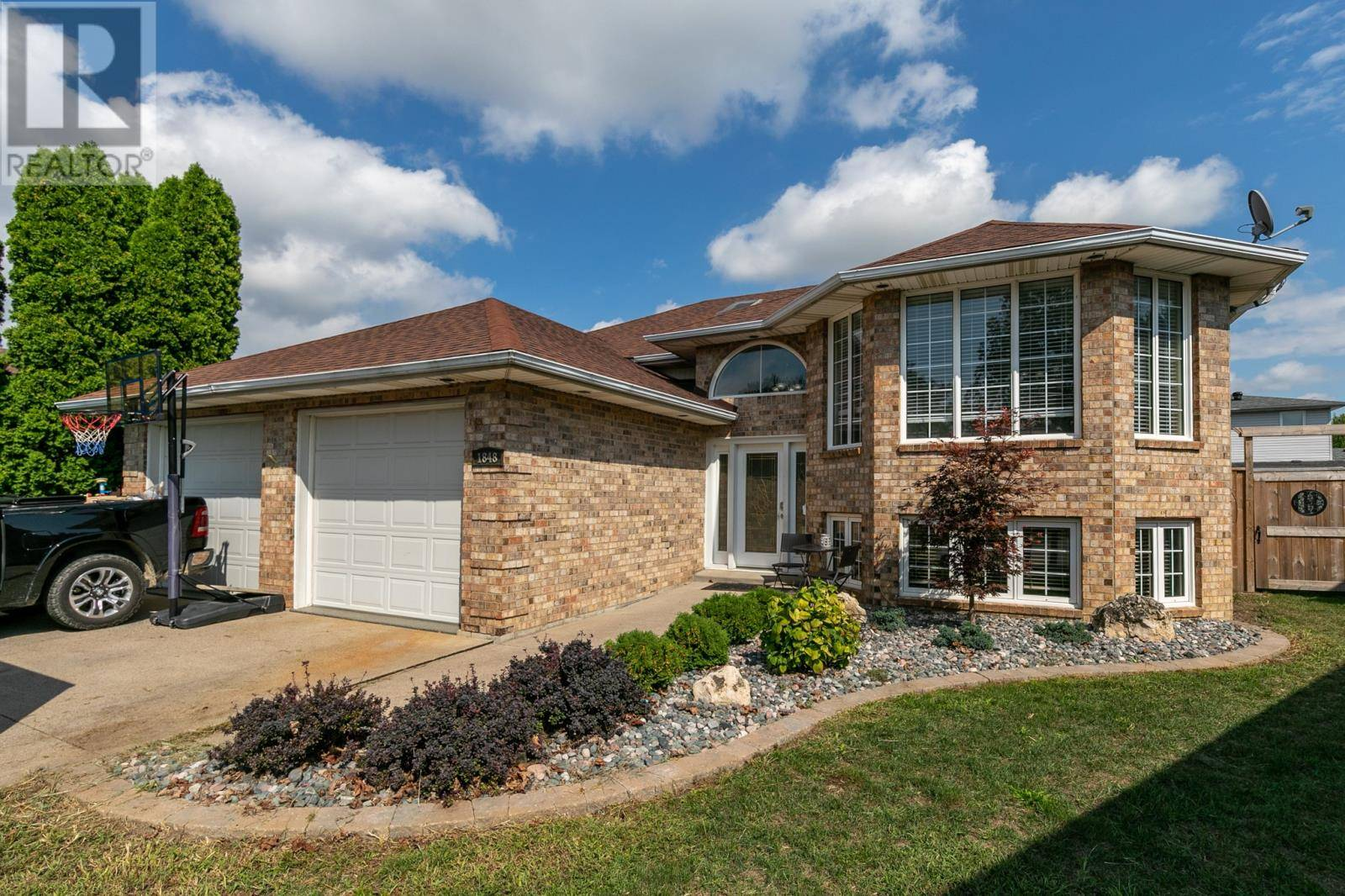 House for sale at 1848 Heatherstone Wy Lasalle Ontario - MLS: 19024977