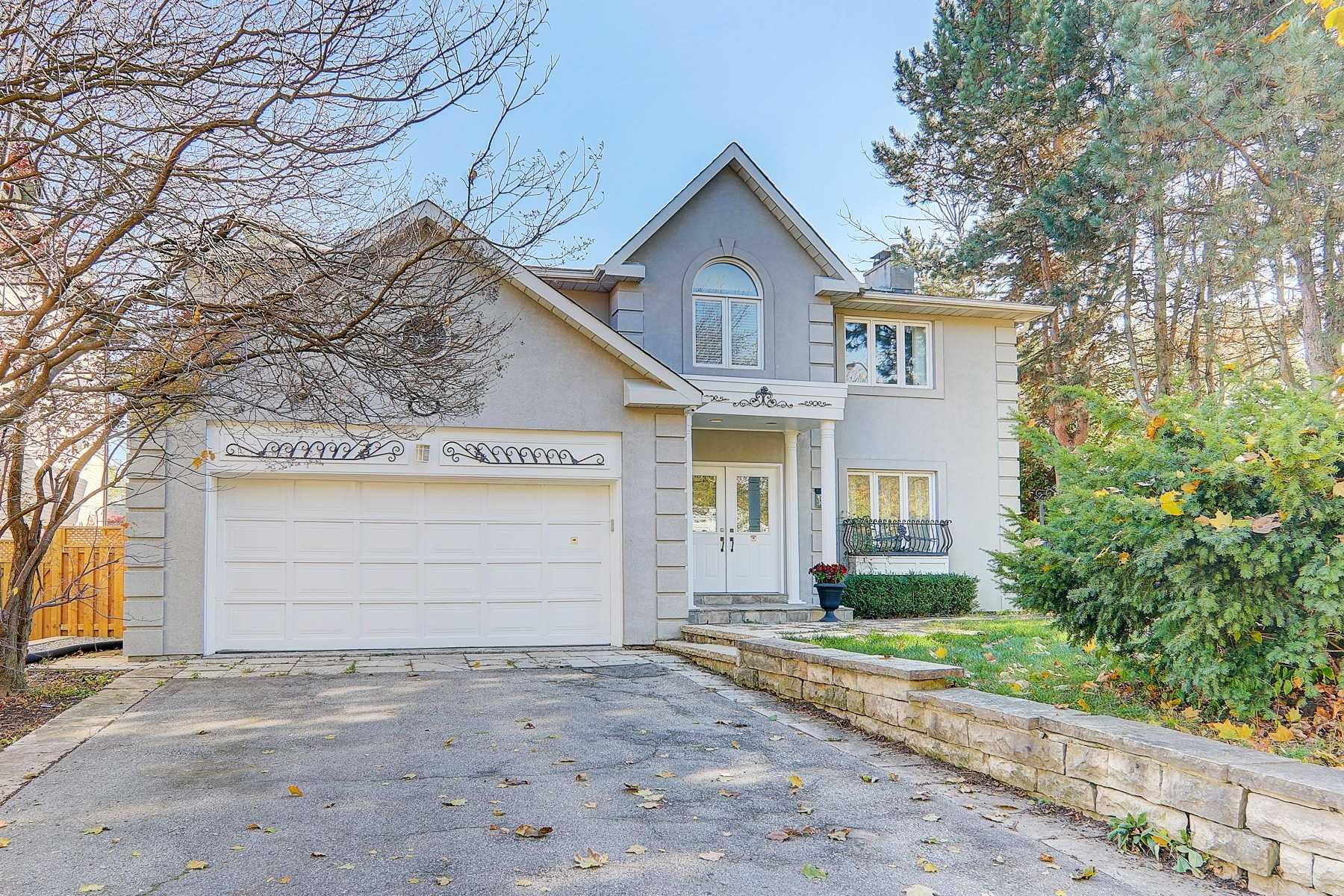For Sale: 185 Lord Seaton Road, Toronto, ON | 4 Bed, 4 Bath House for $2498800.00. See 33 photos!