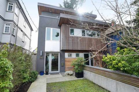 Townhouse for sale at 1850 11th Ave E Vancouver British Columbia - MLS: R2445433