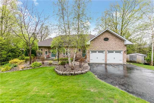 For Sale: 1855 Forest Valley Drive, Innisfil, ON | 3 Bed, 4 Bath House for $1,189,000. See 20 photos!