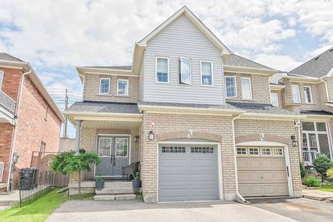 Townhouse for sale at 186 Albright Rd Brampton Ontario - MLS: W4488357