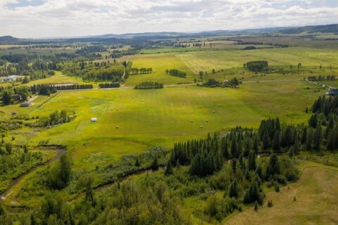 Residential property for sale at  186 Ave W Rural Foothills County Alberta - MLS: A1013416