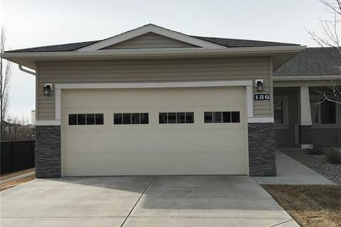 Townhouse for sale at 186 Cambridge Glen Dr Strathmore Alberta - MLS: C4233636