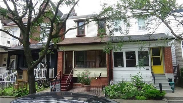 Sold: 186 Lansdowne Avenue, Toronto, ON