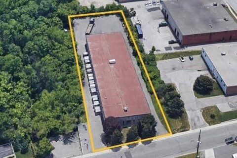 Commercial property for lease at 1860 Sismet Rd Mississauga Ontario - MLS: W5002986