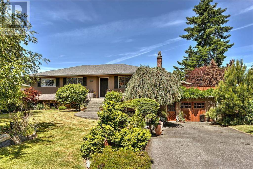 House for sale at 1862 Feltham Rd Victoria British Columbia - MLS: 414867