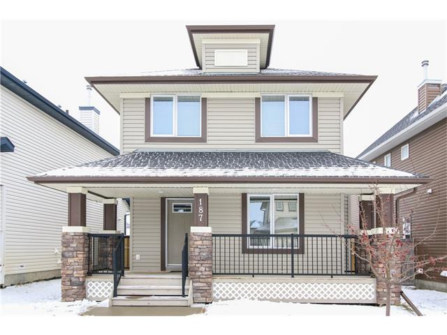 For Sale: 187 Evansford Circle Northwest, Calgary, AB | 3 Bed, 3 Bath House for $389,000. See 24 photos!