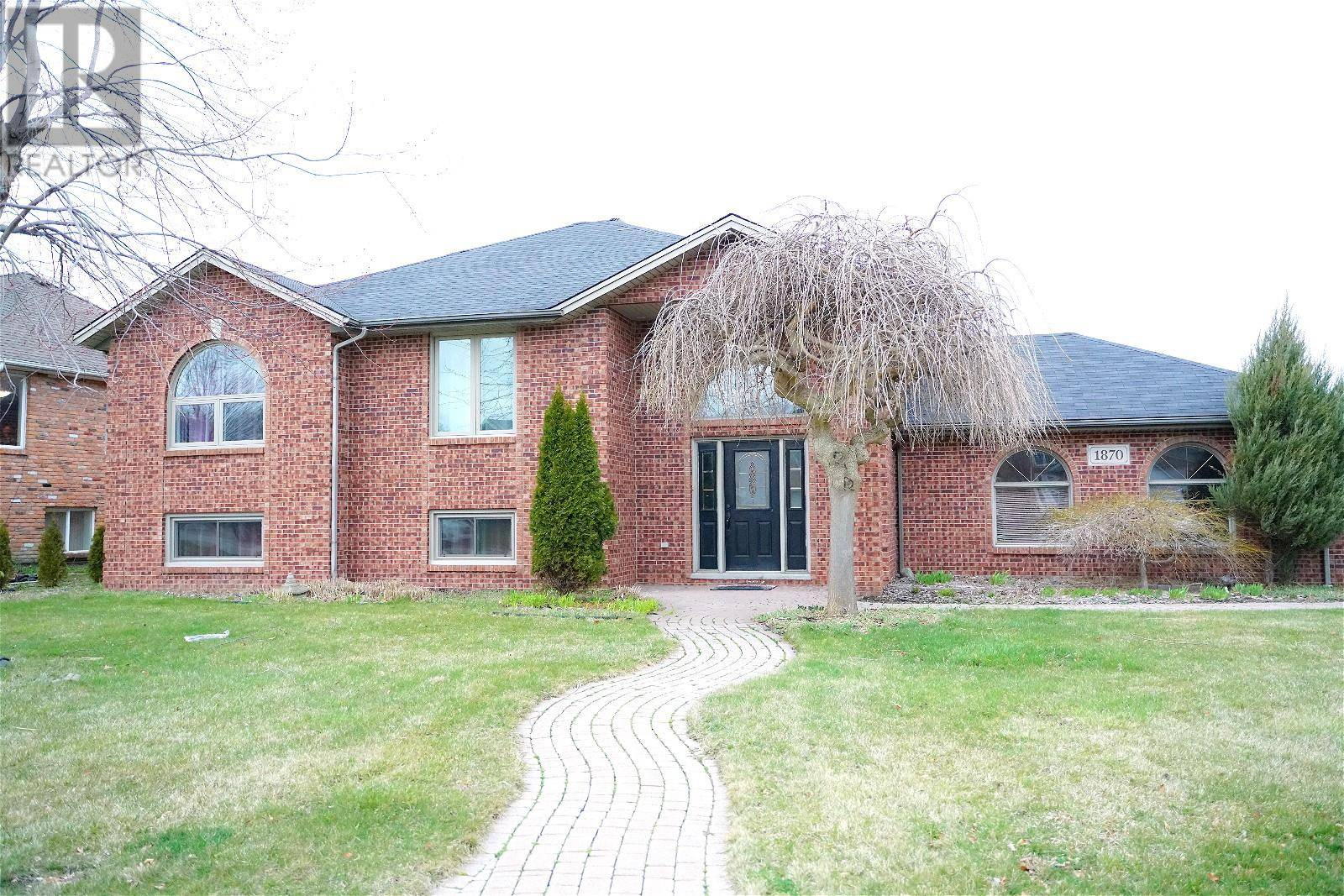 House for rent at 1870 Grillo Dr Lasalle Ontario - MLS: 20003834