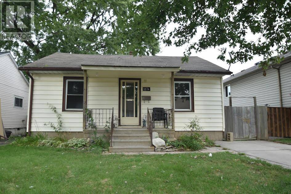 House for sale at 1874 Tourangeau  Windsor Ontario - MLS: 19025274