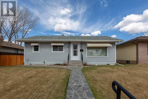 House for sale at 188 14 St Nw Medicine Hat Alberta - MLS: mh0162941