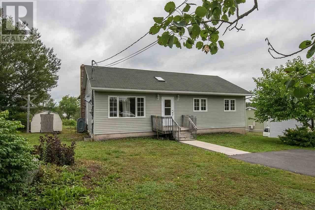 House for sale at 1889 Hammonds Plains Rd Hammonds Plains Nova Scotia - MLS: 201920633
