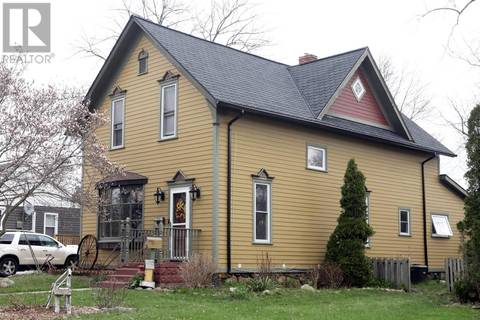 House for sale at 189 Division St South Kingsville Ontario - MLS: 19016866