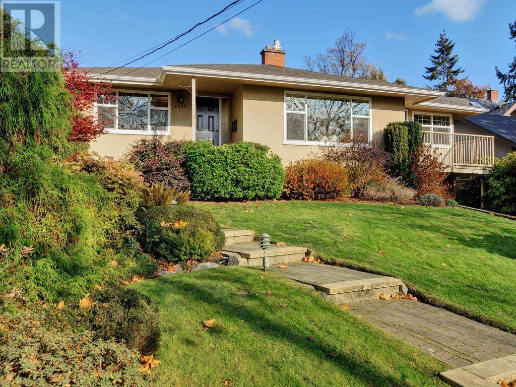 House for sale at 1890 Forrester St Victoria British Columbia - MLS: 415473