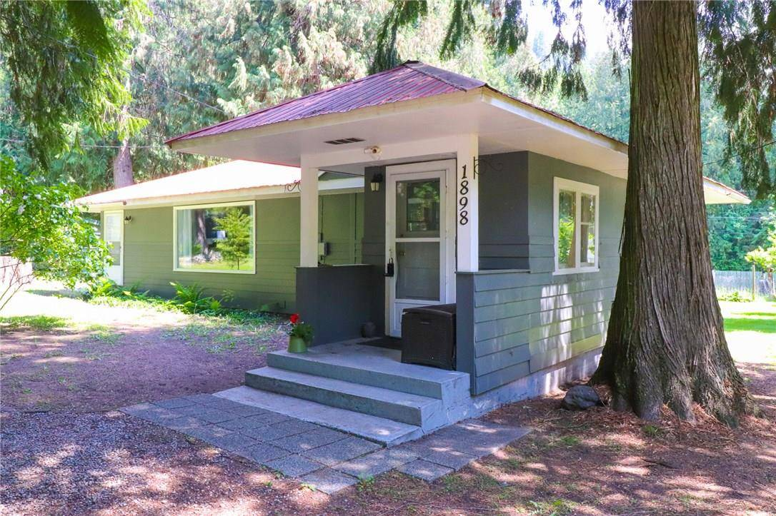 House for sale at 1898 Setterland Rd Christina Lake British Columbia - MLS: 2438059