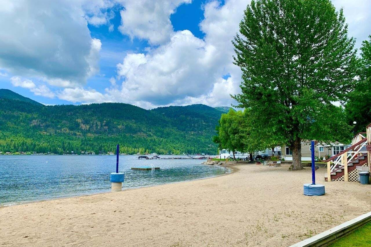 Home for sale at 1835 Bakery Frontage Road Rd Unit #19 Christina Lake British Columbia - MLS: 2454529