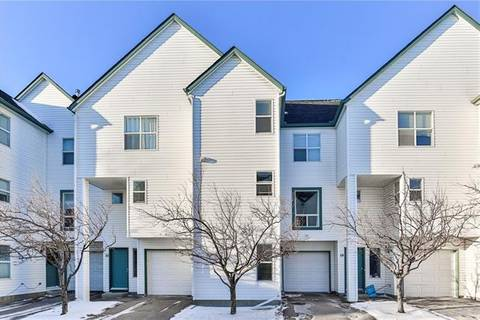 Townhouse for sale at 200 Hidden Hills Te Northwest Unit 19 Calgary Alberta - MLS: C4290471