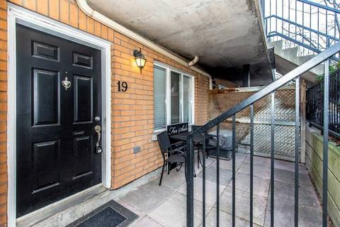 Condo for sale at 208 Niagara St Unit 19 Toronto Ontario - MLS: C4700337