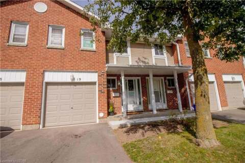 Townhouse for sale at 210 Highland Cres Unit 19 Kitchener Ontario - MLS: 40021238