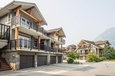 Townhouse for sale at 39758 Government Rd Unit 19 Squamish British Columbia - MLS: R2445671