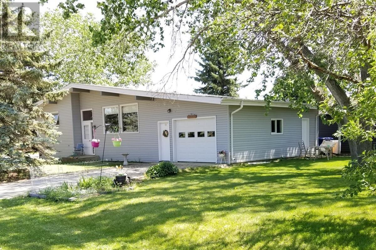 House for sale at 19 6th Ave E Lafleche Saskatchewan - MLS: SK821311