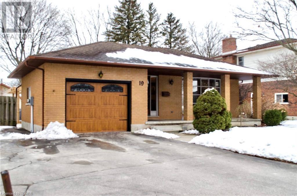 House for sale at 19 Allen St Tillsonburg Ontario - MLS: 244206