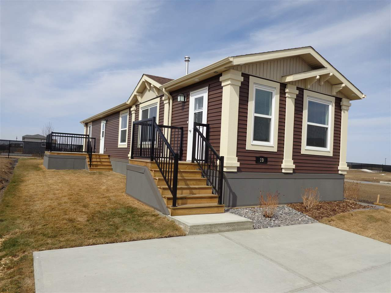 For Sale: 19 Aspen Avenue, Morinville, AB | 3 Bed, 1 Bath Home for $179,870. See 13 photos!